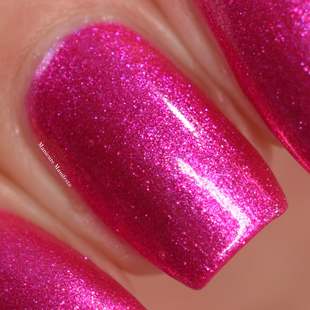Girly Bits Slushy Lips Tips swatch