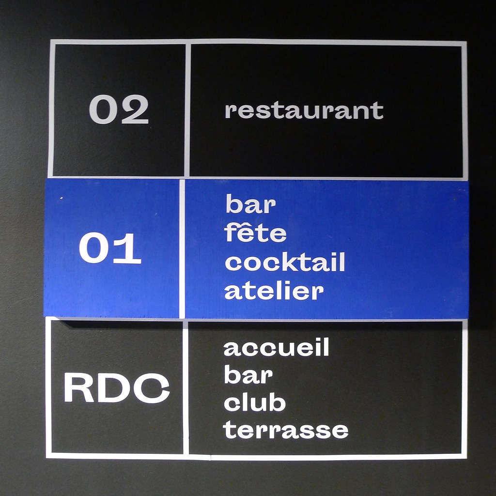 Restaurant EP7, Paris