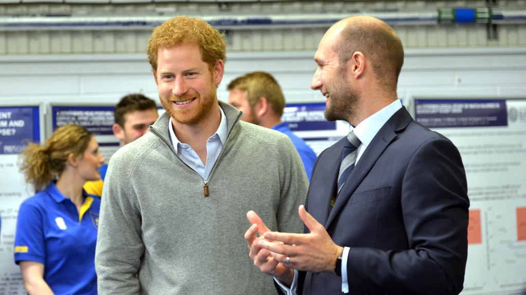 Prince Harry wit Professor Keith Stokes
