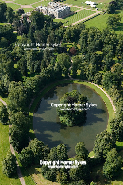 Althorp House Oval Lake And Island Where Princess Diana Of