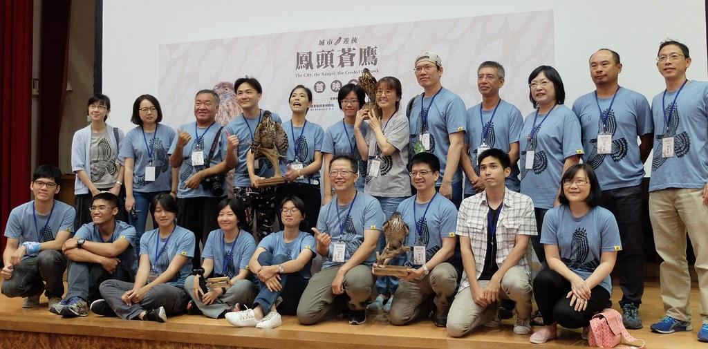 林思民表示,台灣猛禽協會的工作就是把鳥和人連結在一起。攝影:林睿妤。