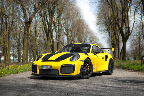 Shooting the GT2RS. | by David Clemente Photography