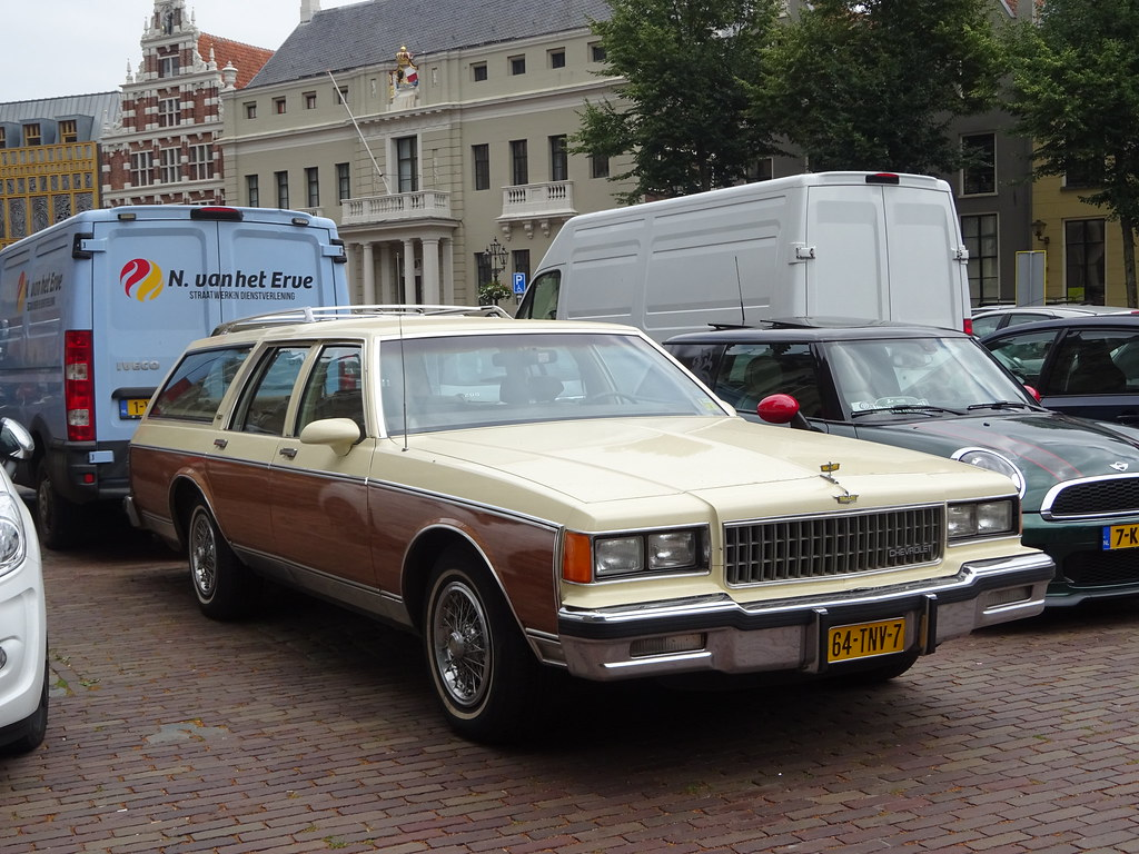 Chevrolet caprice classic wagon 64 tnv 7 1986 2012 deven flickr chevrolet caprice classic wagon 64 tnv 7 1986 2012 deventer by willemalink publicscrutiny Choice Image