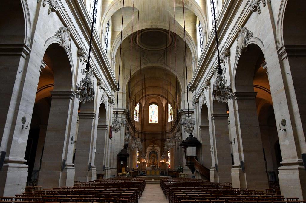 Interior da Catedral São Luís de Versalhes