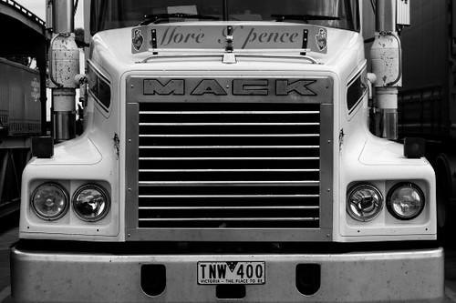 Semi Tractor Grills : Pin mack truck front jpg on pinterest
