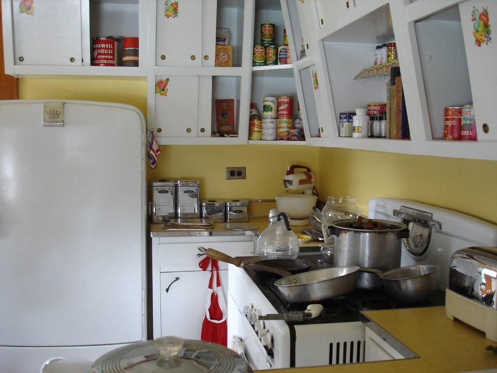 1950 Kitchen Furniture