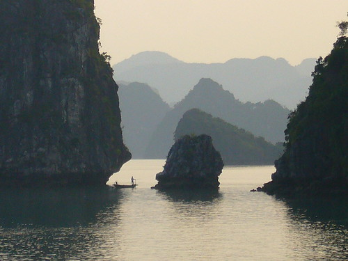 Fishing in the Evening on Hao Long Bay, North Vietnam | by Ian Campsall
