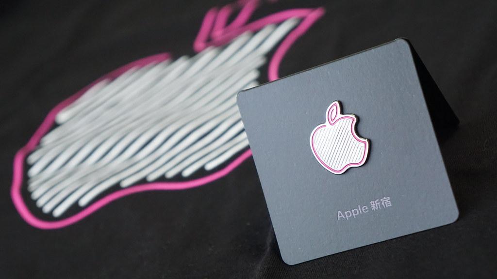 """Apple新宿で配布された""""特別なプレゼント"""""""