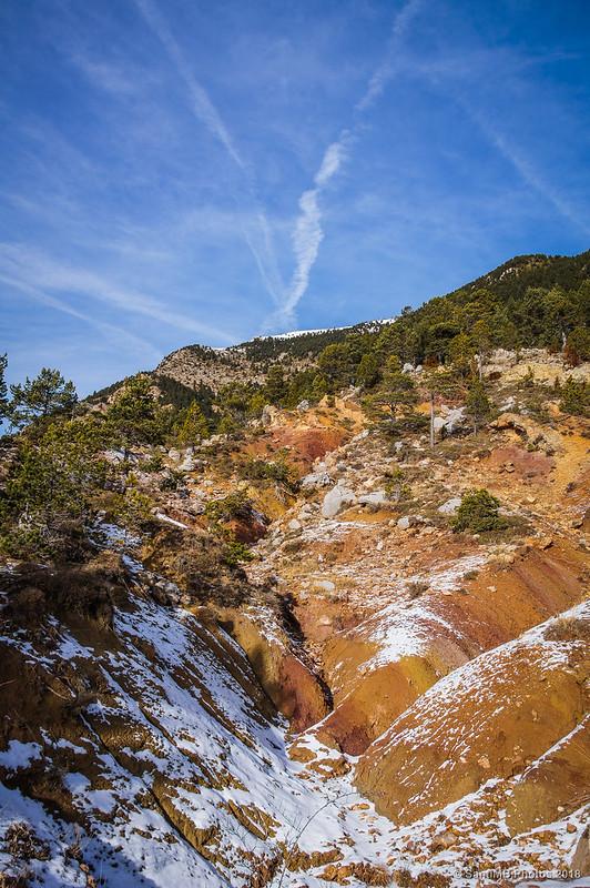 Un barranco entre el Coll de Salamó y el Coll de Peguera
