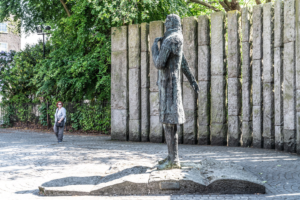 STATUE THOEBALD WOLFE TONE BY NOEL KEATING AND EDDIE DELANEY  004