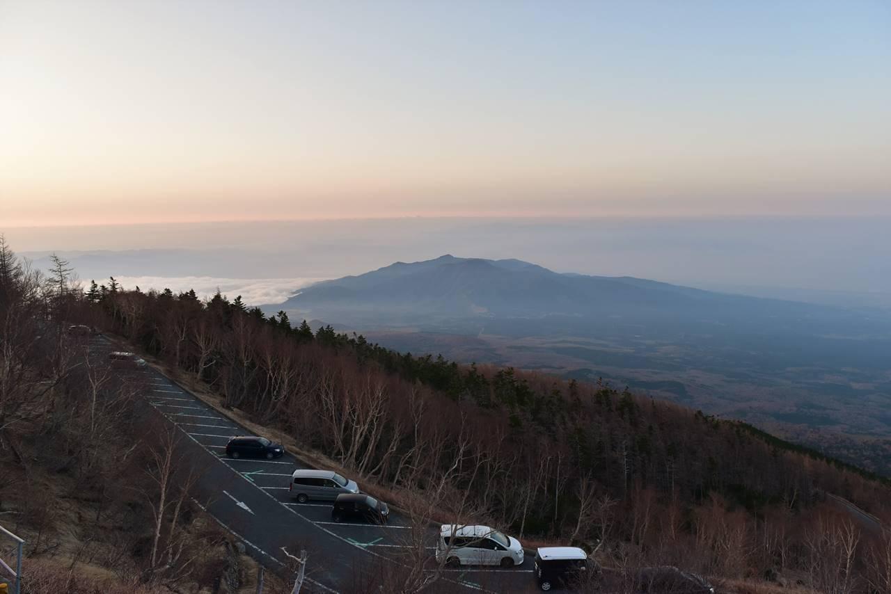 富士山 富士宮口5合目展望台からの朝焼け