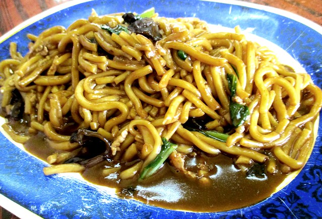 Friends' Kopitian Foochow fried noodles