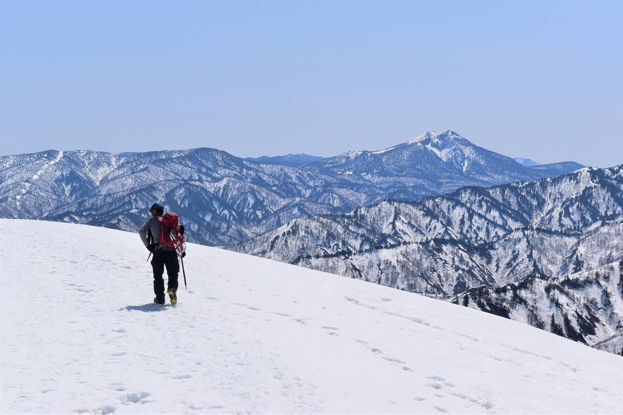 日向倉山山頂からの燧ヶ岳