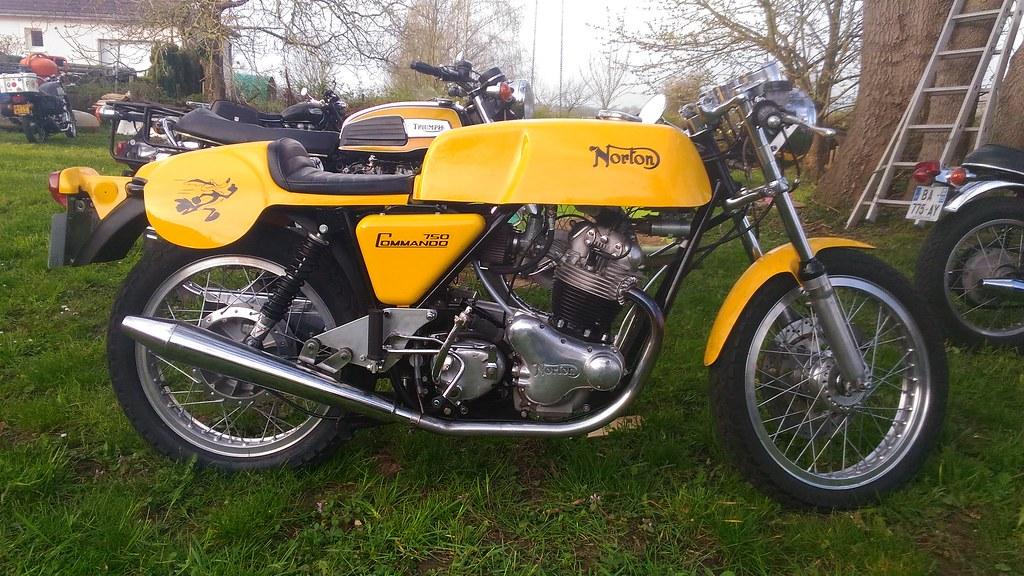 Motosanglaises Norton Commando 750 Cafe Racer