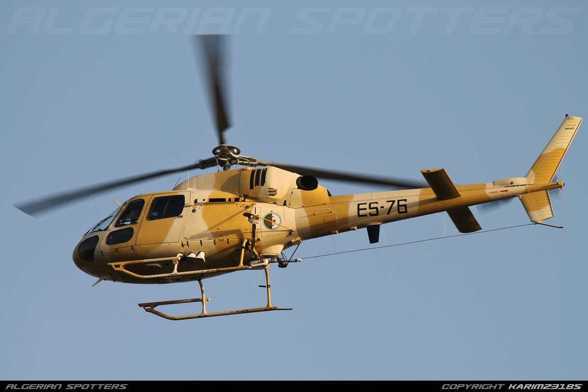 صور مروحيات القوات الجوية الجزائرية Ecureuil/Fennec ] AS-355N2 / AS-555N ] - صفحة 7 27450066467_65af599577_o