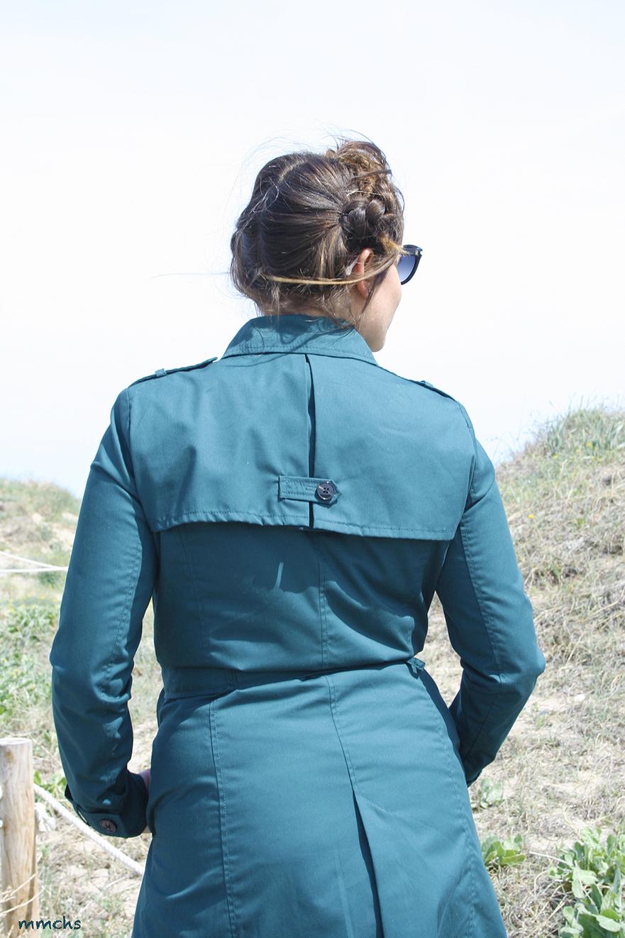 espalda trench verde estilo militar