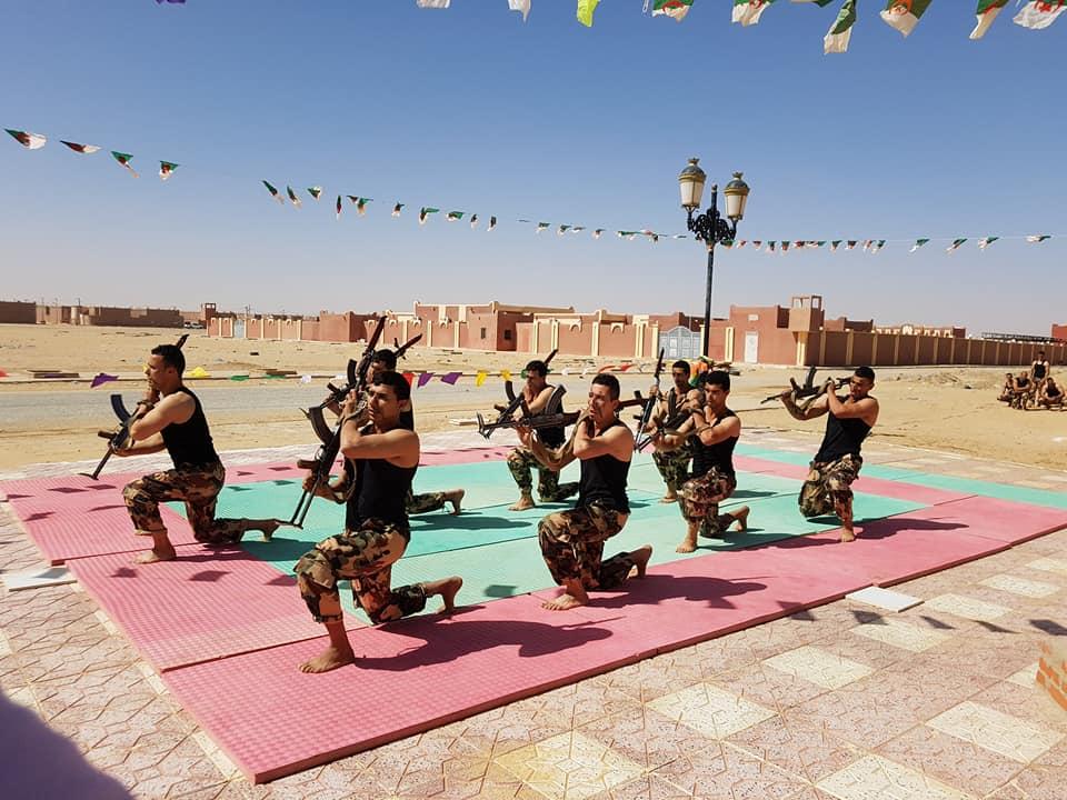 موسوعة الصور الرائعة للقوات الخاصة الجزائرية - صفحة 63 41759073924_48eedbd905_o