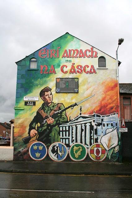 Mural in belfast nationalist mural justin flickr for Mural z papiezem franciszkiem