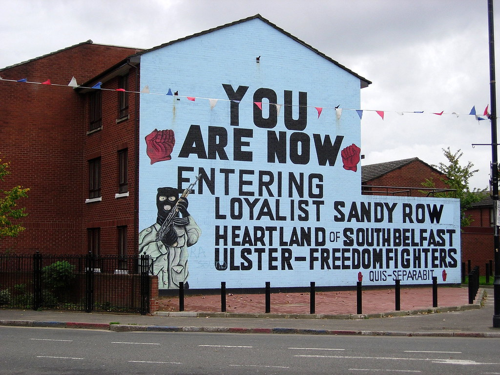 Belfast murals, Sandy Row | This is the northern entrance ...