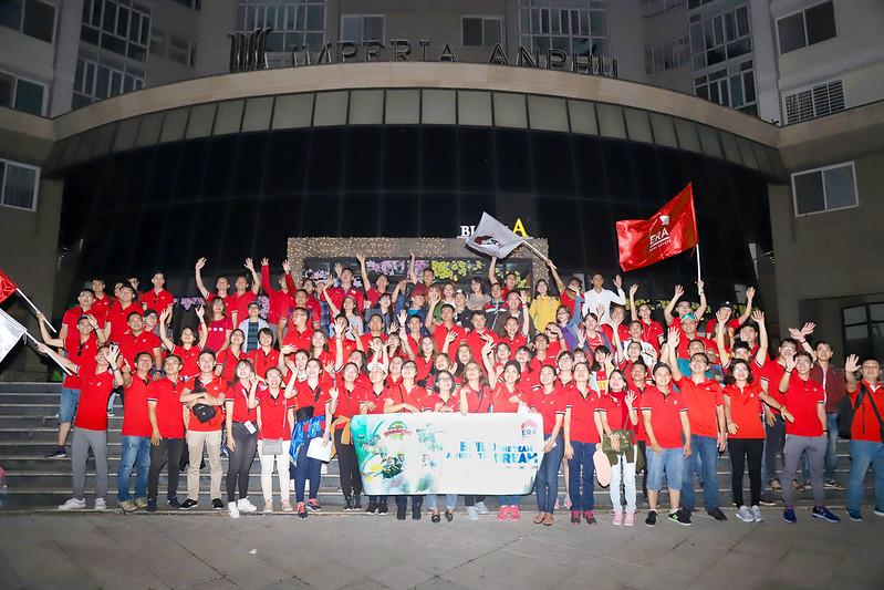 ERA Vietnam Team Building 03-2018 chụp ảnh tập thể