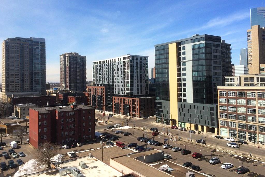 Elliot Park Portland Avenue Minneapolis 4-21-18