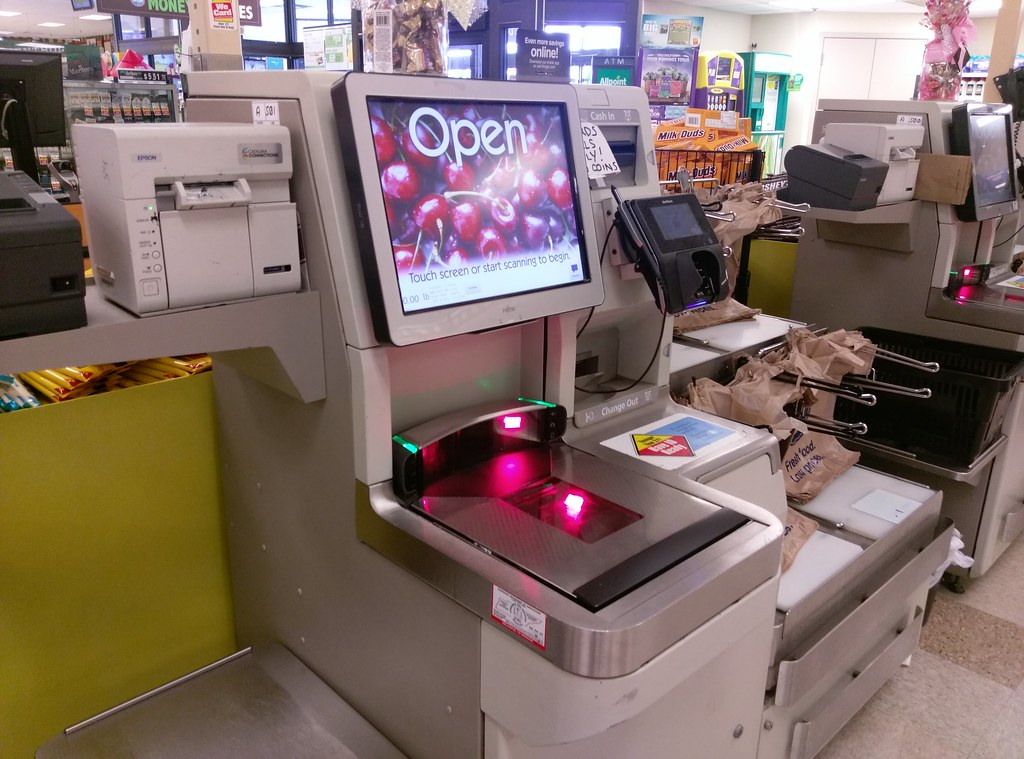 Genial ... Jackson TN Kroger Self Check Station | By L_dawg2000