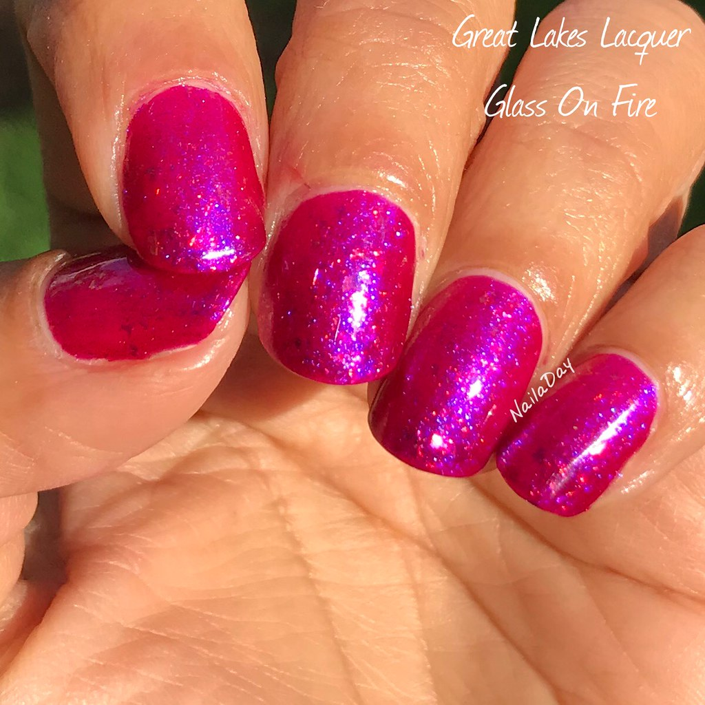 NailaDay: Great Lakes Lacquer Glass On Fire