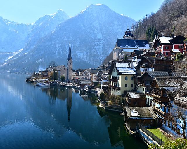 Vista más bonita de Hallstatt, el pueblo junto a un lago más bonito del mundo