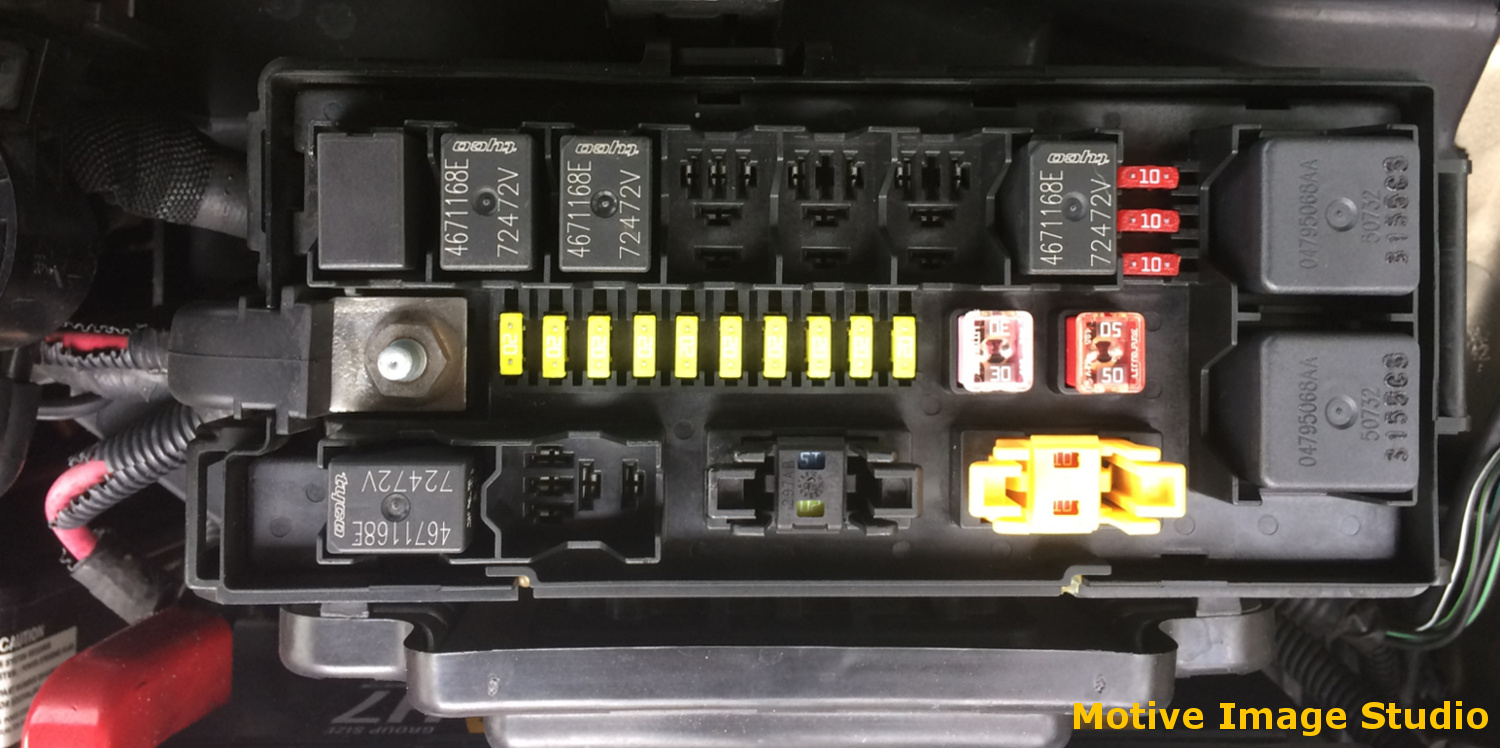 2006 Commander XK PDC & Interior Fuse Block | Jeep Off Road ... on fuse box for dodge caliber, fuse box for chrysler 300c, fuse box for chrysler 200, fuse box for infiniti g35, fuse box for acura rl,