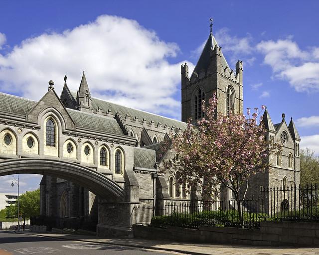 La catedral con puente de Dublín