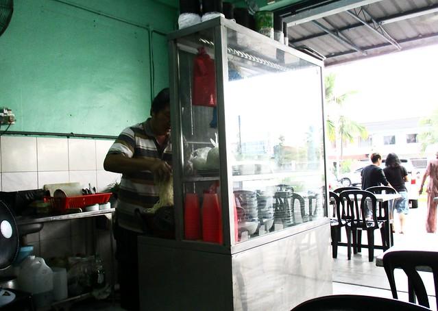 11 Cafe kampua mee stall