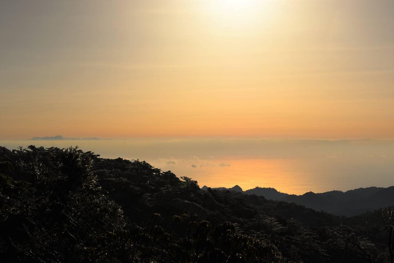 宮之浦岳登山道から海の展望