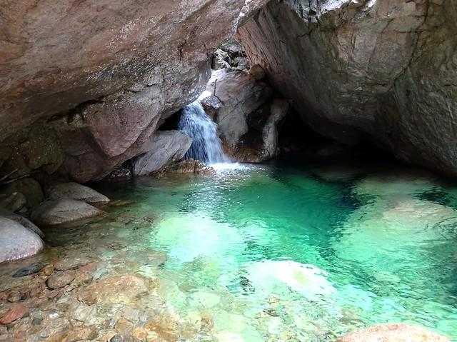 La vasque de la traversée du Carciara après les cordes fixes