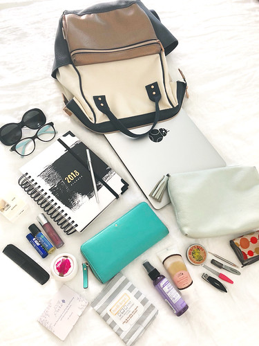 What's in my Bag for Work | by Cristina Robinson