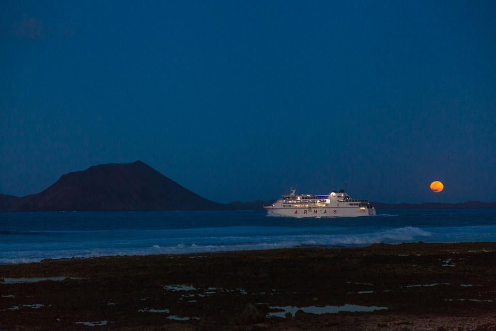 Ferry Isla De Lobos Luna Jaime E Flickr