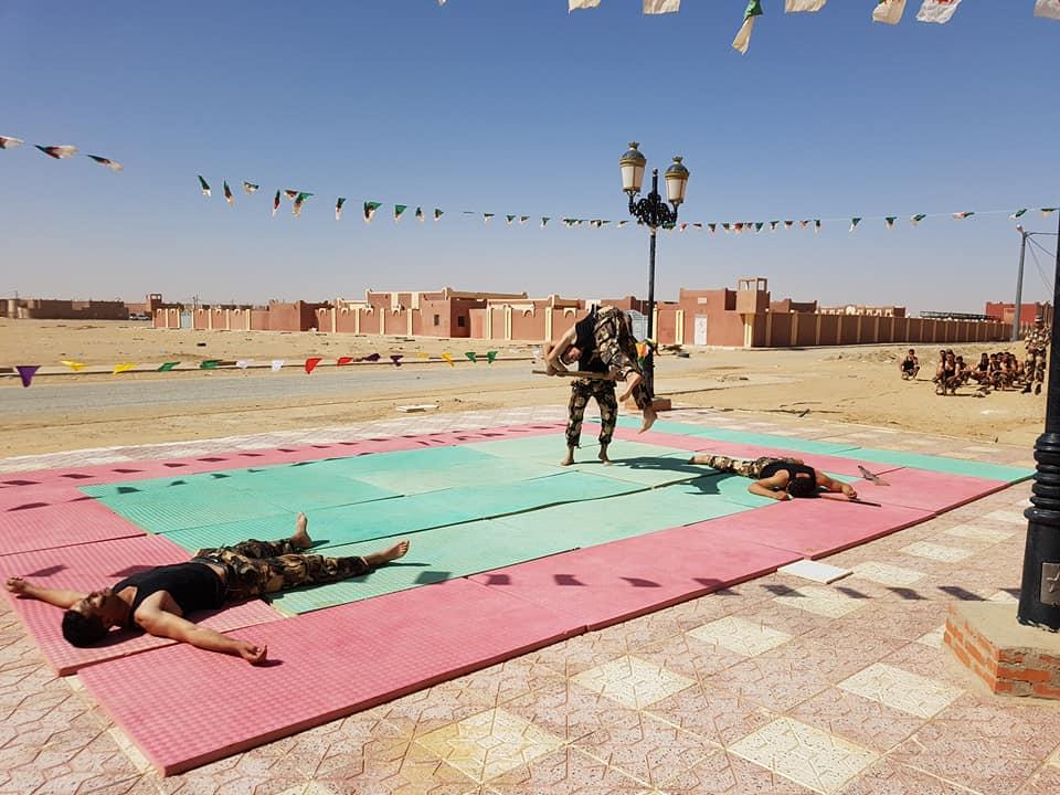 موسوعة الصور الرائعة للقوات الخاصة الجزائرية - صفحة 63 41759076054_904c8c5b9f_o