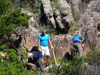 Mise en place de marches au-dessus du ruisseau de Ranedda