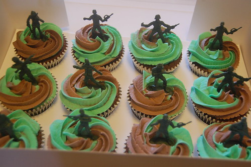 Terrific Soldier Cupcakes Beautiful Birthday Cakes Funny Birthday Cards Online Aeocydamsfinfo