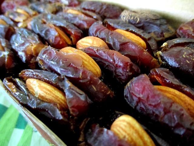 Almond dates 2