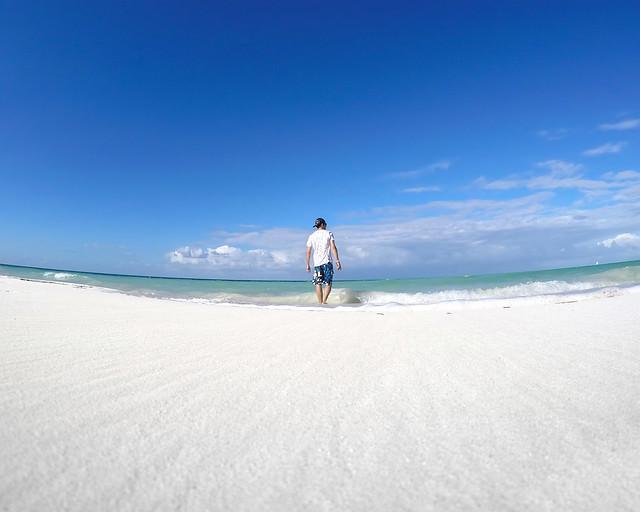 Arenas blancas hacia la orilla de Cayo Levisa