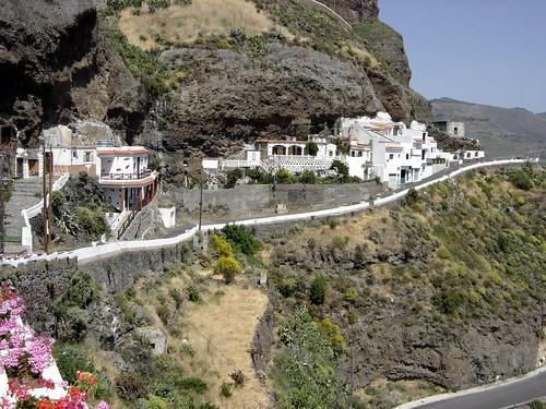 Artenara View Of Artenara S Cave Houses Luis Suarez