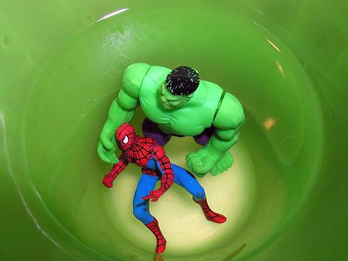 Vs >> hulk vs. spider-man 2/4   Their showdown turns into a cage m…   Flickr