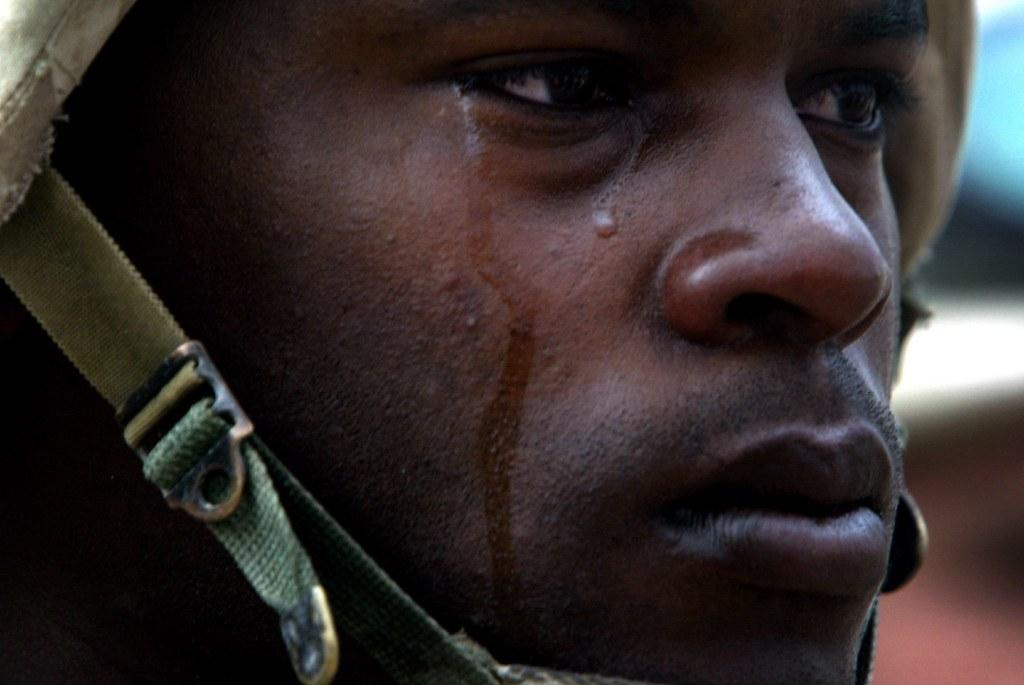 Israeli policeman caught on video taking crying eightyear