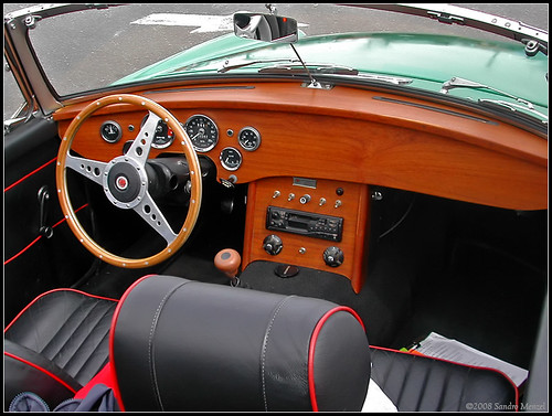 Mg 1962 1980 Mgb Custom Dash Mgb With A Custom Wood