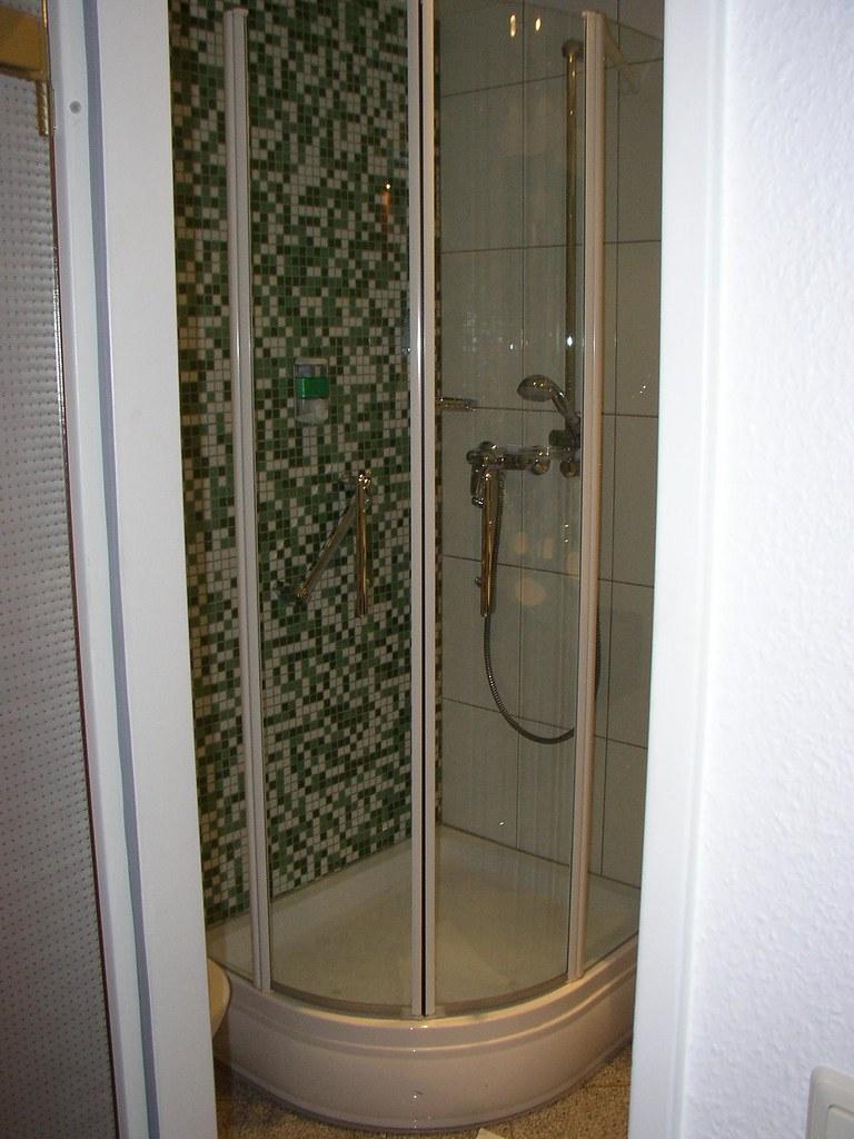 White Hotel Shower Room