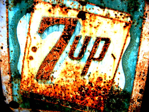 "rusty ""7 up"" sign in California 