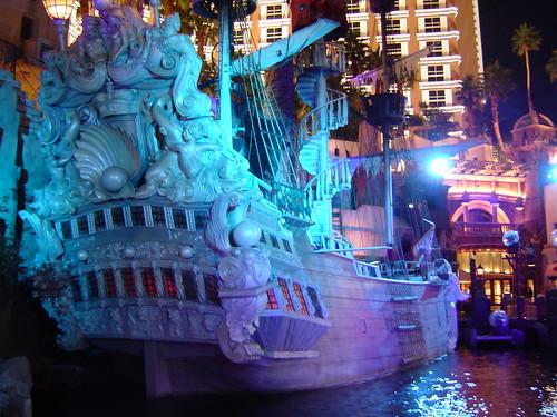 Las Shuttle To Treasure Island