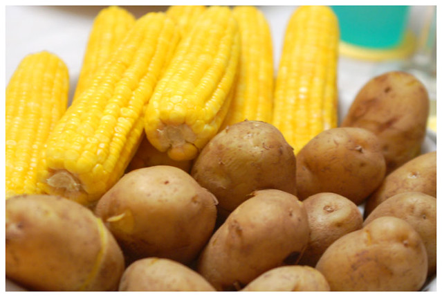 Corn And Potatoes Don T You Just Love The Classic
