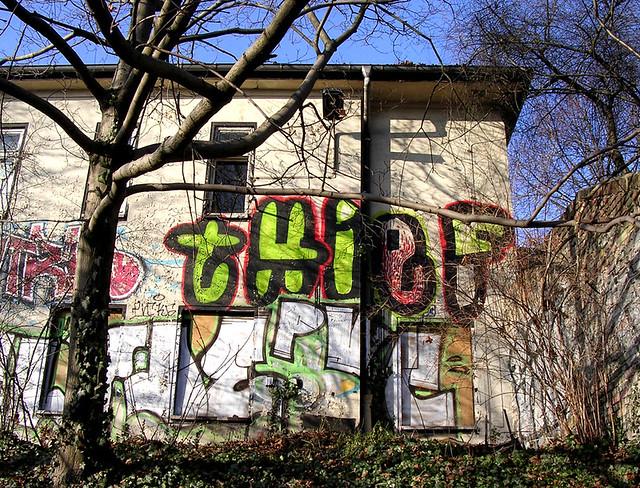 Thief house thief graffiti berlin prenzlberg loso flickr
