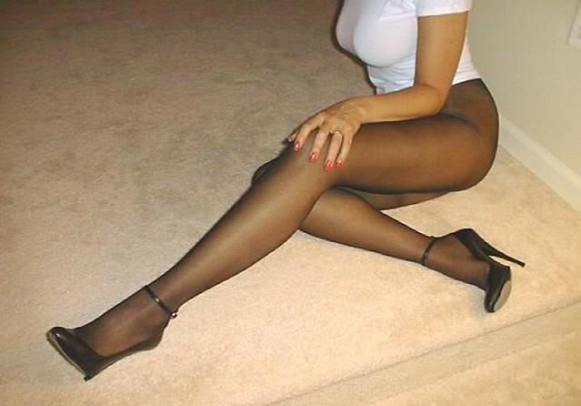 Sega con i sandali di mirella - 5 2
